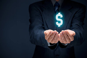 how do life insurance agents get paid